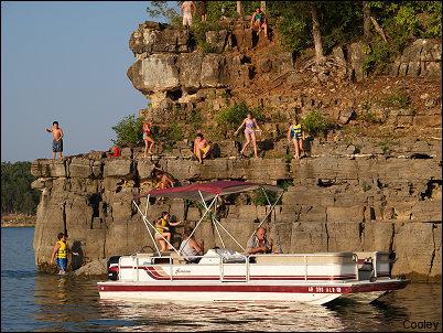 u002722 Red Hurricane Deck Boat · u0027 & Boat Rentals - Rocking Chair Resort