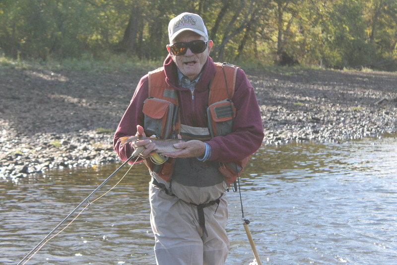 Ron mcquay 39 s beginner fly fishing class two river fly for Beginning fly fishing