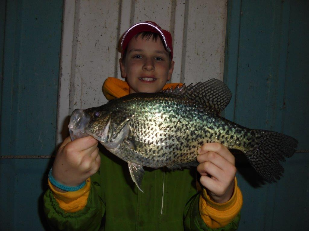 Blackburns resort lake norfork for Crappie fishing lake of the ozarks
