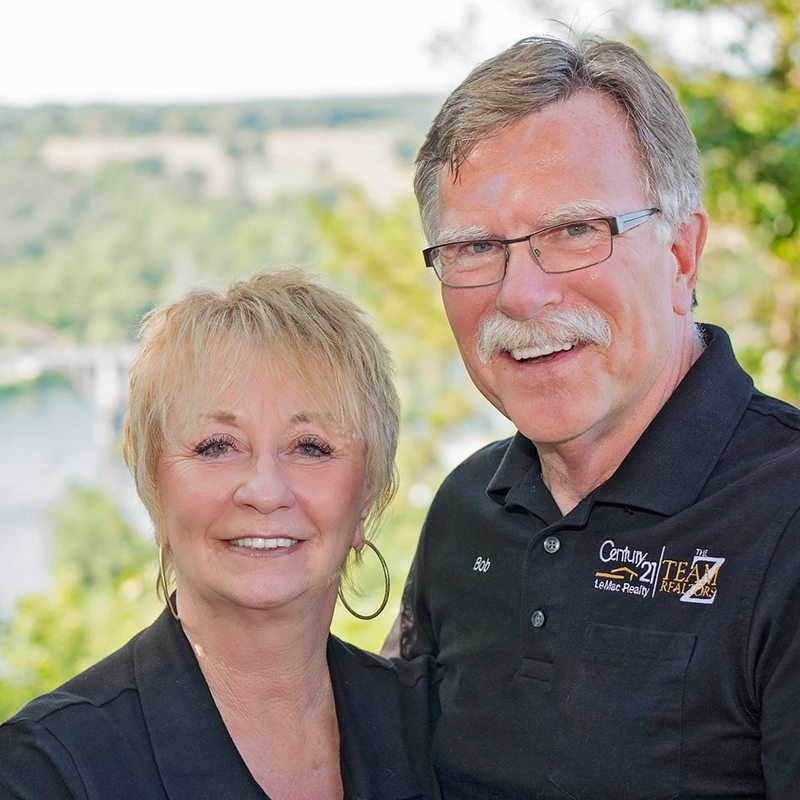 Bob & Linda Zdora - The Z-Team Realtors