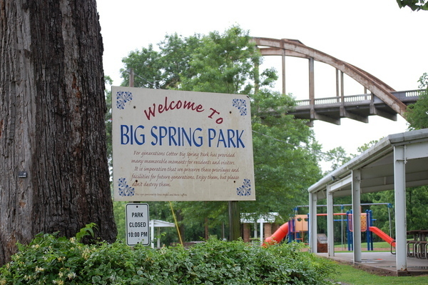 Big Spring Park at Cotter Bridge